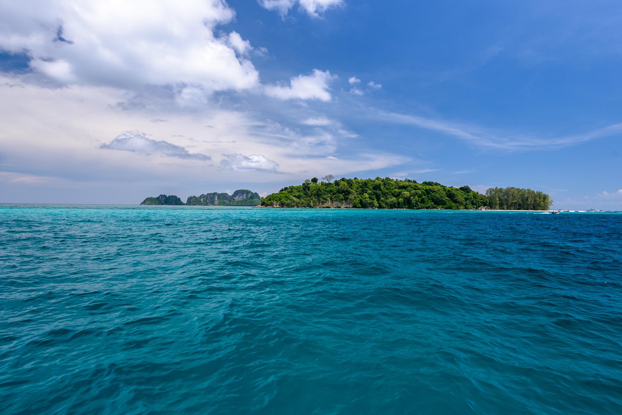 เที่ยวอันดามัน เกาะไม้ไผ่ กระบี่ ทะเลอันดามัน